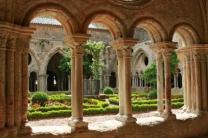 medieval-formal-garden-monastery-ornamental-garden-cloister-arch-roman-abbey